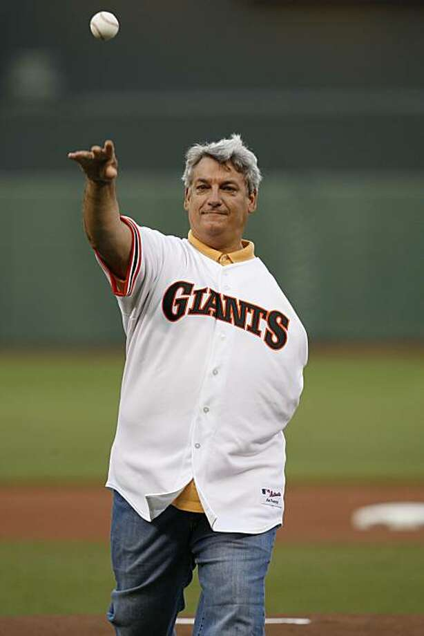 San Francisco Giants play the Los Angeles Dodgers at AT&T Park on Monday August 10, 2009 in San Francisco, Calif.Former Giants pitcher Dave Dravecky throws out the first pitch before the San Francisco Giants play the Los Angeles Dodgers at AT&T Park on Monday August 10, 2009 in San Francisco, Calif. Photo: Lea Suzuki, The Chronicle