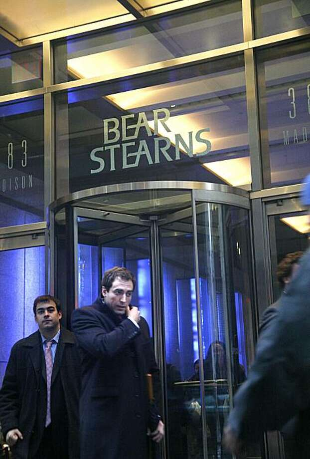 ATTENTION EDITORS: THIS PHOTO IS EMBARGOED: No electronic distribution or street sales before 12:01 a.m. ET, Monday, March 24, 2008.**   (NYT24) NEW YORK -- March 23, 2008 -- DEAL -- People leave the headquarters of Bear Stearns on Madison Avenue in New York on March 19, 2008. JPMorgan Chase initally offered $2 a share for the Bear, angering the beleaguered fimÕs stockholders who said the offer was too low. (Patrick Andrade/The New York Times) Photo: Patrick Andrade, NYT