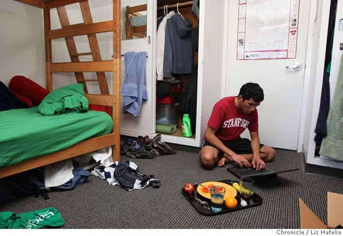 ###Live Caption:Jason Scott having lunch and doing homework in his dorm room on the Stanford University campus in Palo Alto, Calif., on Wednesday, March 5, 2008. He is on a federal Pell Grant for low-income students. Photo by Liz Hafalia / San Francisco Chronicle###Caption History:Jason Scott having lunch and doing homework in his dorm room on the Stanford University campus in Palo Alto, Calif., on Wednesday, March 5, 2008. He is on a federal Pell Grant for low-income students. Photo by Liz Hafalia / San Francisco Chronicle###Notes:Jason Scott having lunch and doing homework in his dorm room on the Stanford University campus in Palo Alto, Calif., on Wednesday, March 5, 2008. He is on a federal Pell Grant for low-income students. Liz Hafalia / The Chronicle / {city } / 3/5/08 **Ja###Special Instructions:�2008, San Francisco Chronicle/ Liz Hafalia MANDATORY CREDIT FOR PHOTOG AND SAN FRANCISCO CHRONICLE. NO SALES- MAGS OUT.