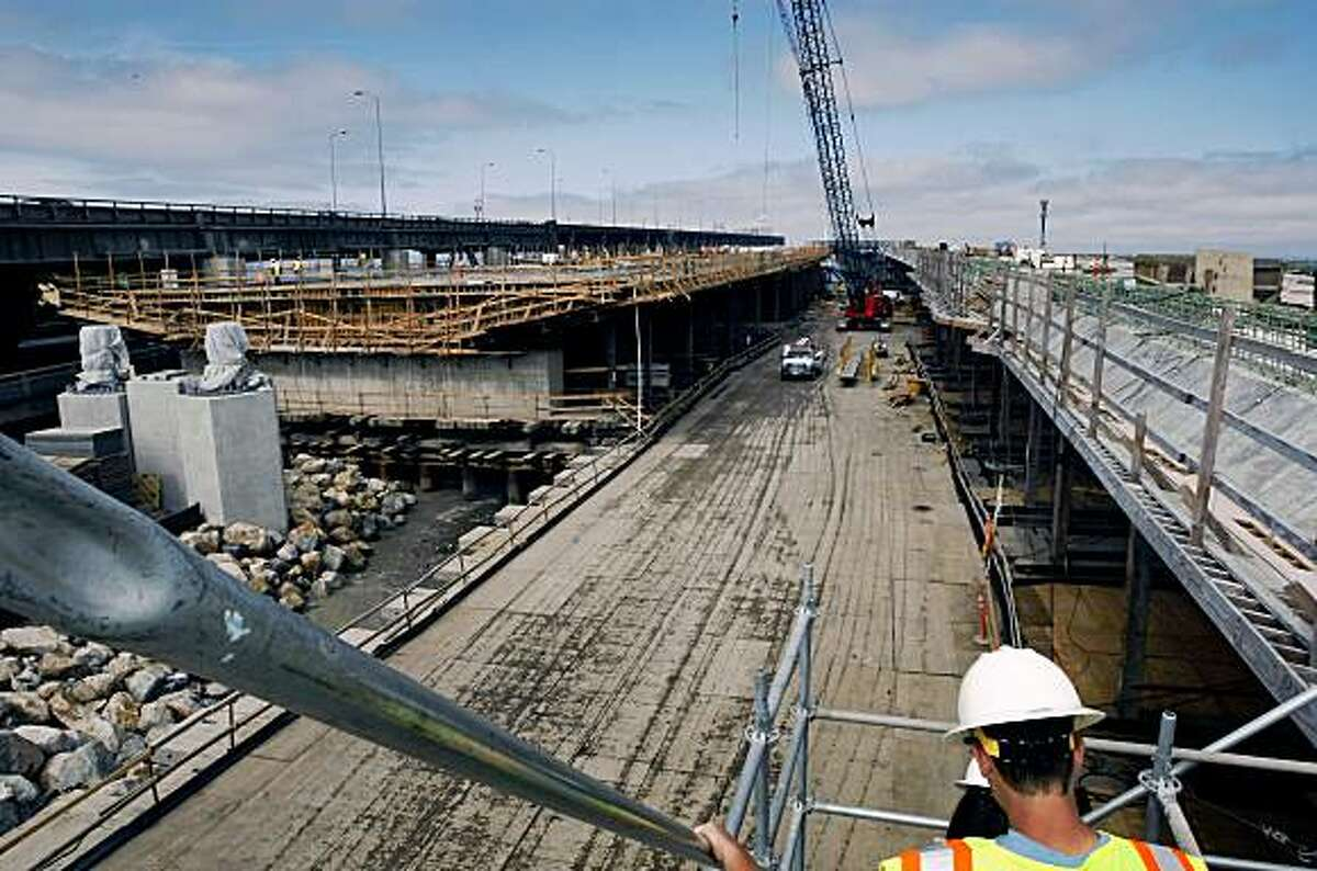 Most of Cal-Trans work on the new touchdown area of the Skyway has switched from the westbound side right to the eastbound lanes being framed on left. Friday July 10, 2009