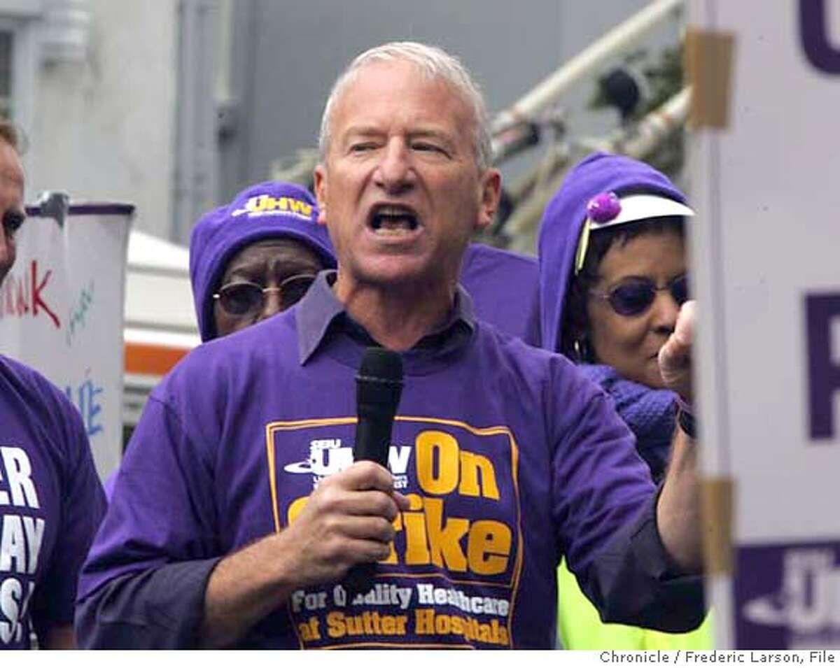 STERN_068_fl.jpg Andy Stern, the president of Service Employees International Union (SEIU) spoke to striking members of his union outside the California Pacific Medical Center in S.F., 3700 California St 9/16/05 San Francisco CA Frederic Larson The San Francisco Chronicle