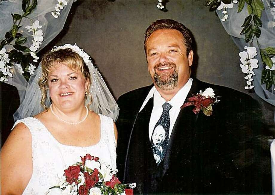 Stockton contractor Stanley Stinnett (with wife, Holly) was hospitalized with broken ribs and died due to medical errors at Modesto Memorial Medical Center. Photo: Courtesy Of Holly Stinnett