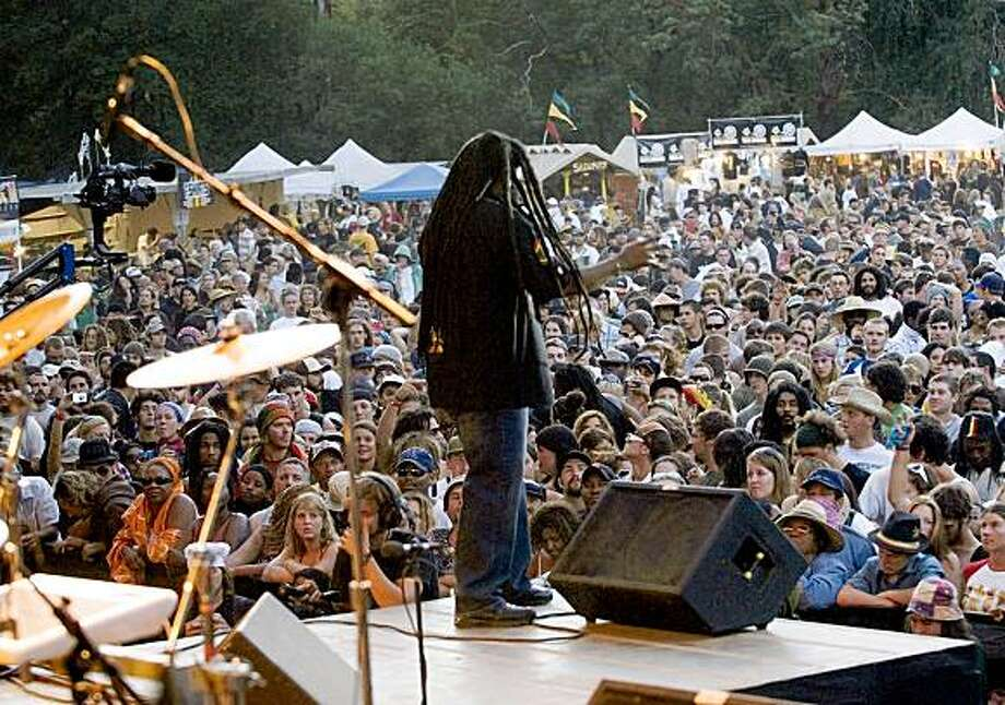 Reggae Rising Festival on the Eel River Photo: Kim Sallaway