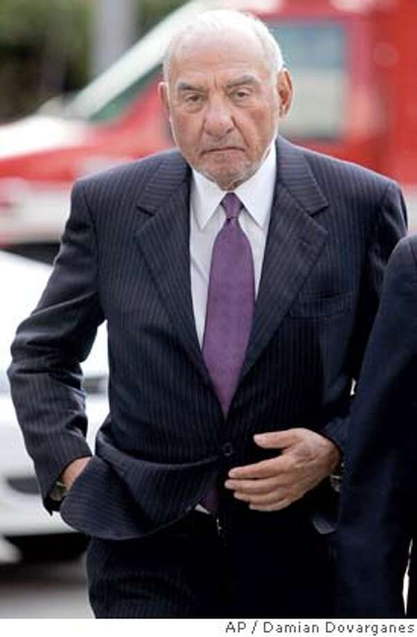 ** FILE ** Attorney Melvyn Weiss, co-founder of Milberg Weiss law firm is shown in this Oct. 12, 2007, file photo. A defense lawyer for the prominent attorney said Thursday, March 20, 2008, his client has agreed to plead guilty in a lucrative kickback scheme involving class-action lawsuits targeting some of the largest corporations in the nation. (AP Photo/Damian Dovarganes, File) Photo: Damian Dovarganes