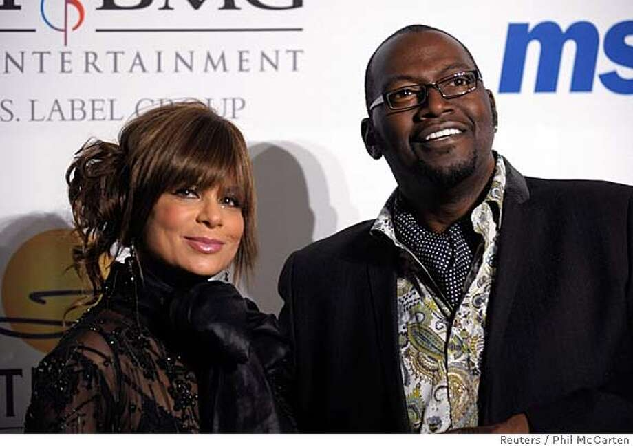 Paula Abdul (L) and Randy Jackson attend the Clive Davis Pre-Grammy Party in Beverly Hills, California February 9, 2008. REUTERS/Phil McCarten (UNITED STATES) 0 Photo: PHIL McCARTEN