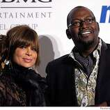 Paula Abdul (L) and Randy Jackson attend the Clive Davis Pre-Grammy Party in Beverly Hills, California February 9, 2008. REUTERS/Phil McCarten (UNITED STATES) 0