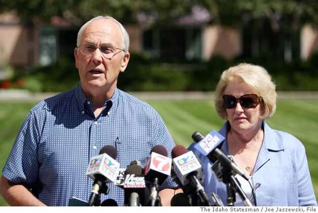 "###Live Caption:Senator Larry Craig, R-Idaho, left, speaks to reporters, with his wife Suzanne, Tuesday afternoon, Aug. 28, 2007, in Boise, Idaho. Under fire from leaders of his own party, Larry Craig, accused of lewd conduct in a men's room, declared Tuesday, ""I am not gay""###Caption History:Senator Larry Craig, R-Idaho, left, speaks to reporters, with his wife Suzanne, Tuesday afternoon, Aug. 28, 2007, in Boise, Idaho. Under fire from leaders of his own party, Larry Craig, accused of lewd conduct in a men's room, declared Tuesday, ""I am not gay"" and said the only thing he did wrong was plead guilty to a criminal charge. (AP Photo/The Idaho Statesman, Joe Jaszewski) ** MANDATORY CREDIT ** Ran on: 08-31-2007  Suzanne Craig stands resolutely by her husband, Sen. Larry Craig, as he denies sexual misbehavior.  Ran on: 12-29-2007  Britney Spears' &quo;comeback&quo; gig.###Notes:###Special Instructions:** MANDATORY CREDIT ** Photo: Joe Jaszewski"