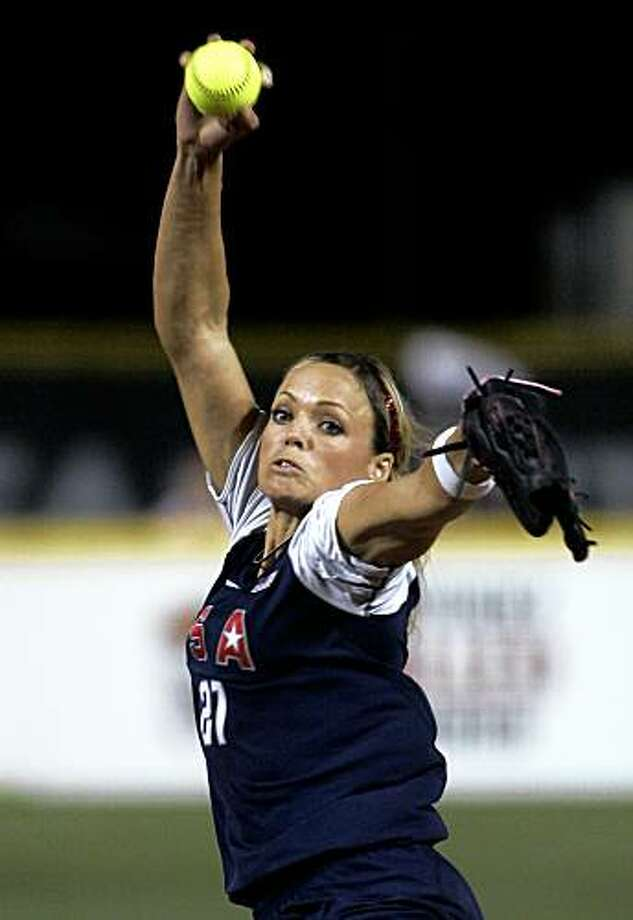 United States' Jennie Finch pitches against the Netherlands in the sixth inning of a World Cup of Softball game in Oklahoma City, Thursday, July 16, 2009. The U.S. team won 7-2.  (AP Photo) Photo: AP