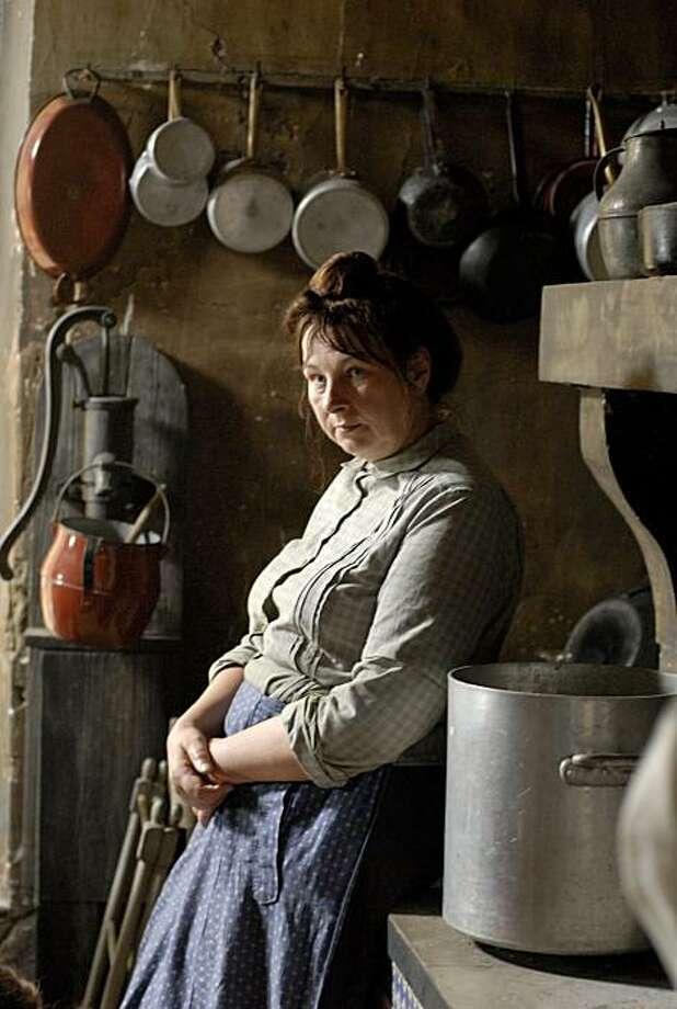 Yolande Moreau as SŽraphine Photo: Music Box Films
