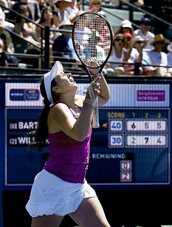Marion Bartoli celebrated her win, looking skyward, after her three set win. Marion Bartoli upset Venus Williams to win the Bank of the West tennis tournament in three sets Sunday August 2, 2009. Photo: Brant Ward, The Chronicle