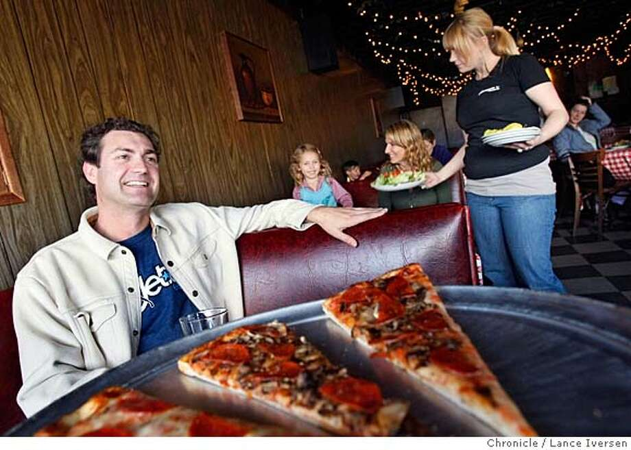 ###Live Caption:Jeff Silver - CEO of Jetset Energy Drinks grew up eating at Giorgio's Pizzeria and to this day claims itÕs the best in the City. GiorgioÕs is at the corners of Clement St. and 3rd Ave in San Francisco. By Lance Iversen/The Chronicle###Caption History:Jeff Silver - CEO of Jetset Energy Drinks grew up eating at Giorgio's Pizzeria and to this day claims it�s the best in the City. Giorgio�s is at the corners of Clement St. and 3rd Ave in San Francisco. By Lance Iversen/The Chronicle###Notes:Iversen cell 415-297-9395###Special Instructions:MANDATORY CREDIT PHOTOG AND SAN FRANCISCO CHRONICLE/NO SALES MAGS OUT Photo: Lance Iversen
