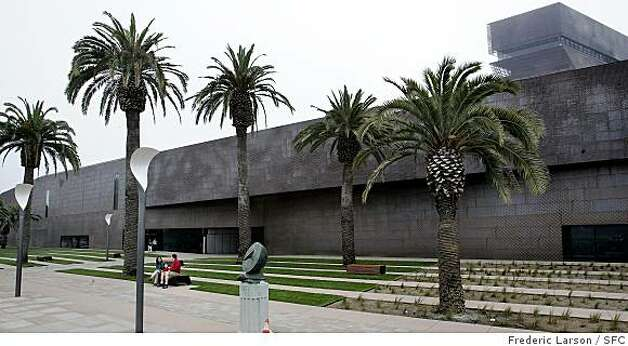DEYOUNG_0080_fl.jpg The new constructed DeYoung Museum in Golden Gate Park, SF and it's modern architecture. 10/2/2005 San Francisco CA Photo: Frederic Larson, SFC