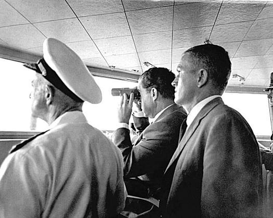 U.S. President Richard Nixon Watches the recovery of the Apollo 11 crew from aboard the USS Hornet in the Pacific Ocean. Photo: NASA