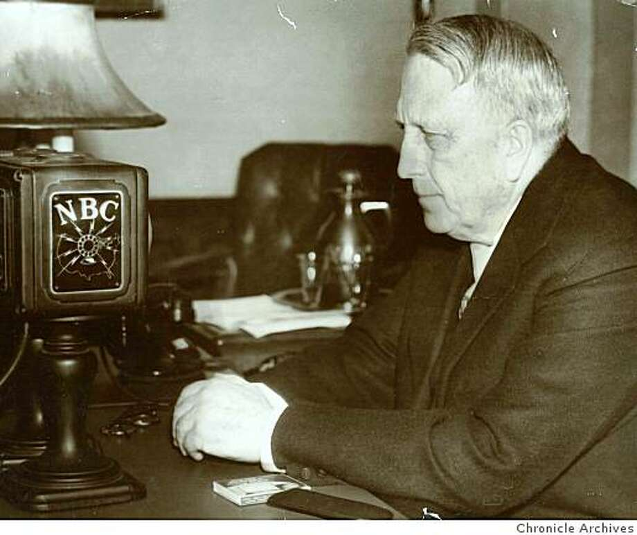 Jan. 4, 1935 _ William Randolph Hearst at Microphone Photo: Chronicle Archives