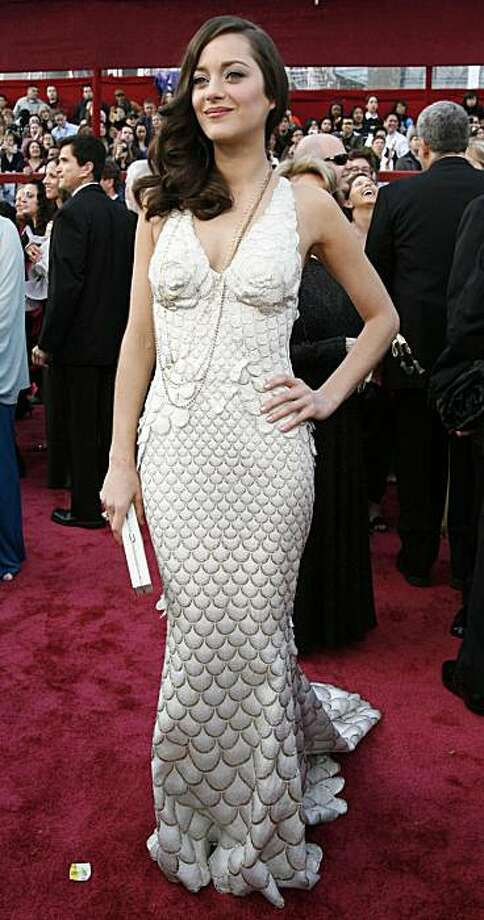 """Best actress Oscar nominee Marion Cotillard of France, from the film """"La Vie en Rose,"""" arrives at the 80th annual Academy Awards in Hollywood, February 24, 2008.    REUTERS/Mario Anzuoni   (UNITED STATES-OSCARS) Photo: Mario Anzuoni, REUTERS"""