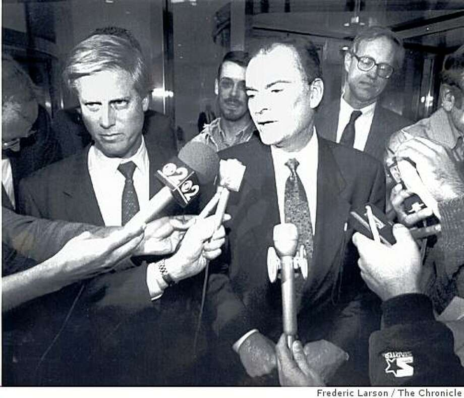 Peter Magowan and San Francisco Mayor Frank Jordan talk to the press on the sidewalk of the National League offices on Park Avenue in New York on October 12, 1992. The pair were there to deliver Magowan's offer to buy the Giants to National League president Bill White. The last time a professional sports team packed its bags to leave San Francisco, the city responded with tenacious force. There were public rallies, private meetings and everything in-between, with the mayor in the thick of the fray. But that was 1992. The team was the Giants, not the 49ers. Photo: Frederic Larson, The Chronicle