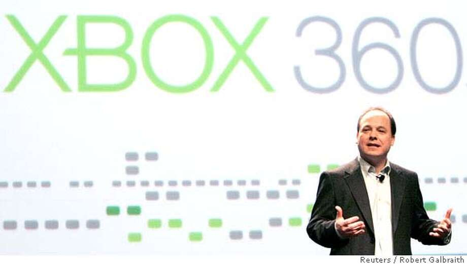 Microsoft XBox Live executive John Schappert gives his keynote address at the Game Developers Conference in San Francisco, California, February 20, 2008. REUTERS/Robert Galbraith (UNITED STATES) Photo: ROBERT GALBRAITH