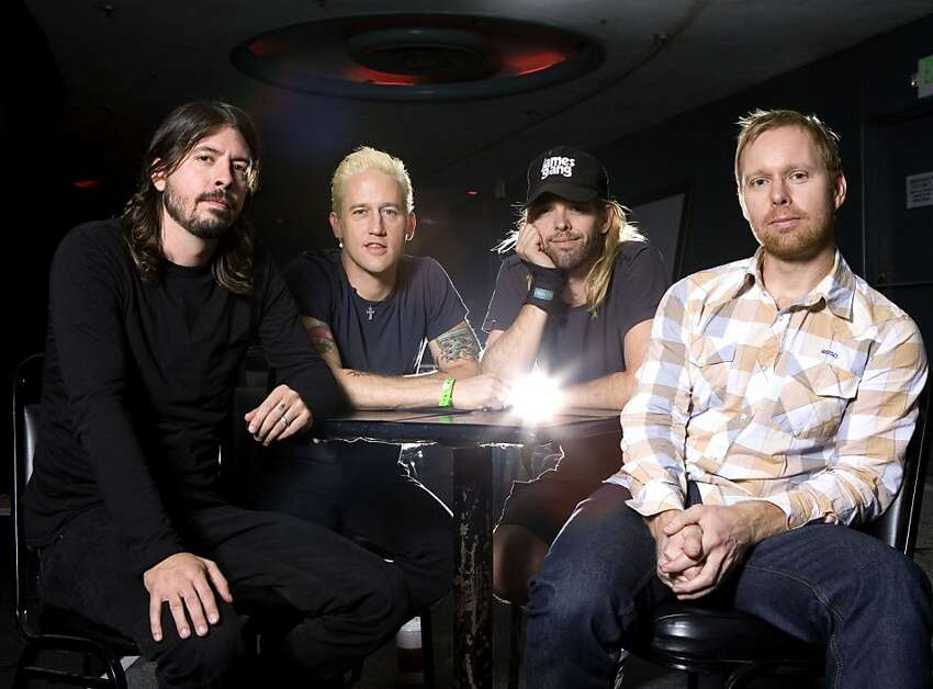 Music group Foo Fighters are photographed in Los Angeles on Wednesday, Oct. 24, 2007. From left are Dave grohl, Chris Shiflett, Taylor Hawkins and Nate Mendel. (AP Photo/Matt Sayles)