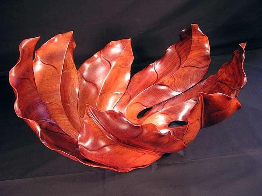Vase by Souphom Marikhong  OLYMPUS DIGITAL CAMERA Photo: Ho