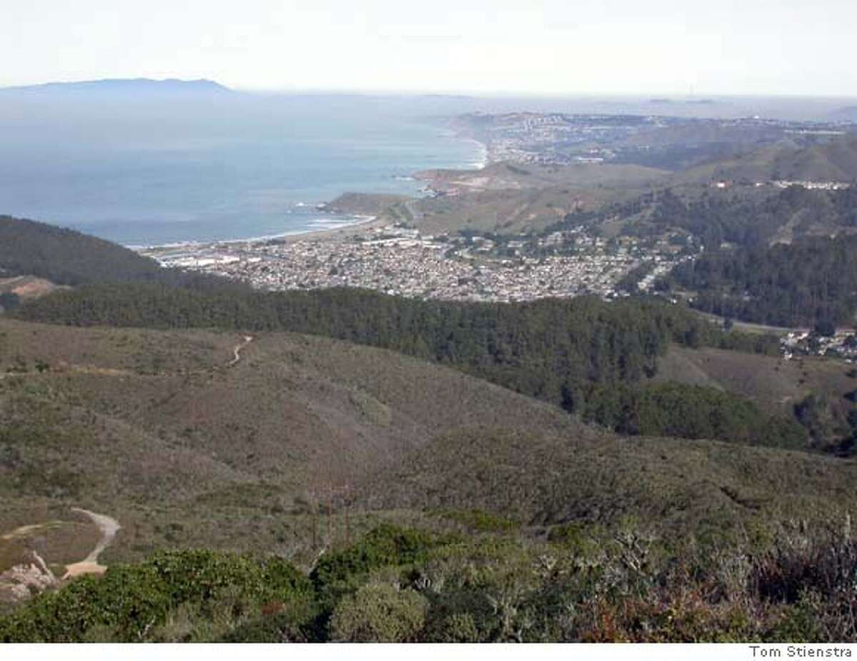 the view from San Pedro Ridge looking north over Pacifica and beyond to San Francisco . . . photo: Tom Stienstra