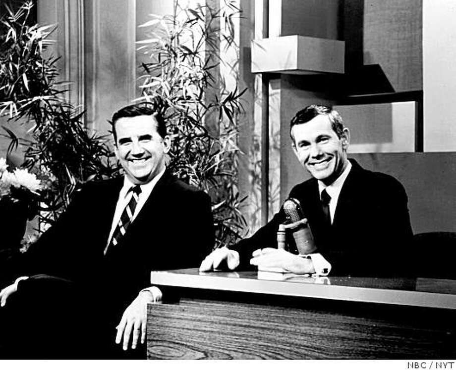 """Ed McMahon, who for nearly 30 years was Johnny Carson�s affable second banana on """"The Tonight Show,� introducing it with his ringing trademark call, """"Heeeere�s Johnny!,"""" died early Tuesday, June 23, 2009, in Los Angeles. He was 86. McMahon and Carson in an undated photo.  (NBC via The New York Times) - NO SALES - Photo: NBC, NYT"""