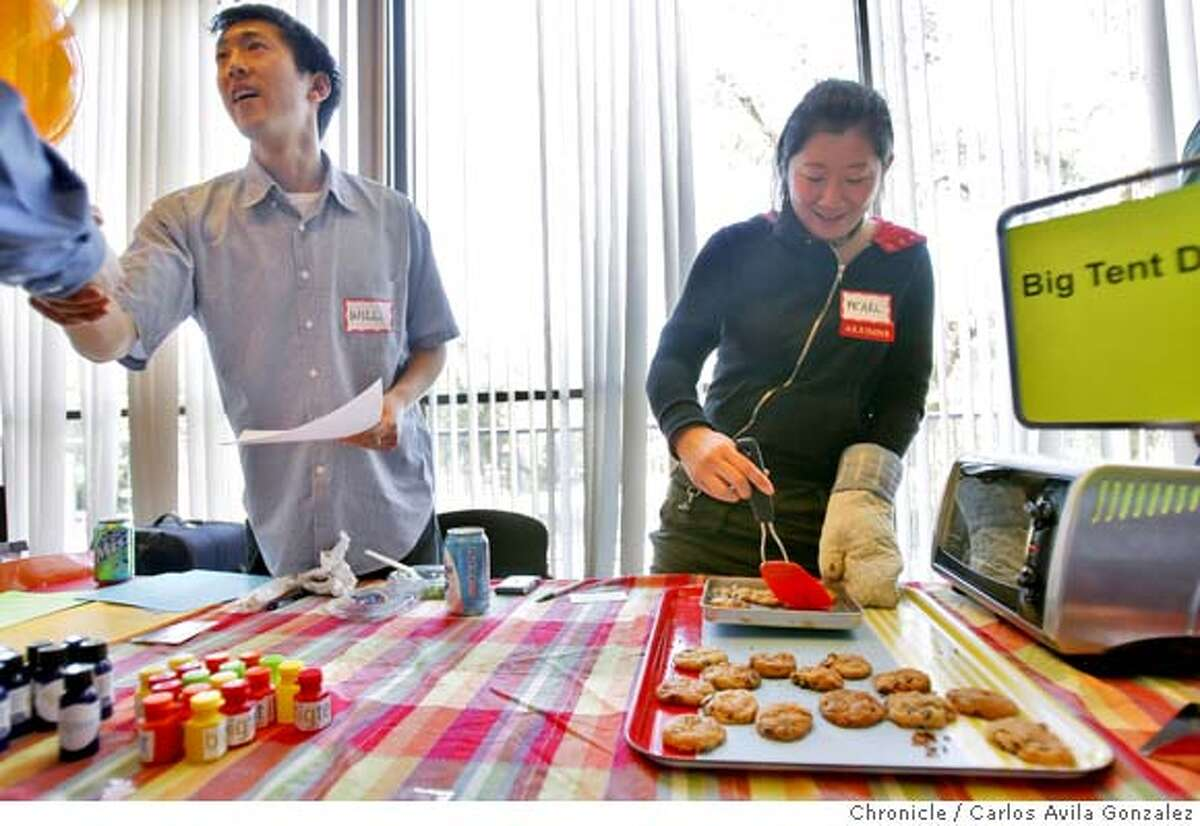 Will Lee and Pearl Wu of Big Tent Design, Inc., brought cookies to draw in students to their expo display at the Start_Up 101 job fair. As part of national entrepreneurship week, a coalition of student groups at Stanford University hosted the largest start-up jobs fair on the West Coast, called Start-Up 101. The jobs fair was held at Tressider Student Union on the Palo Alto, Ca., campus on Thursday, February 28, 2008. Carlos Avila Gonzalez / San Francisco ChronicleAs part of national entrepreneurship week, a coalition of student groups at Stanford University hosted the largest start-up jobs fair on the West Coast, called Start-Up 101. The jobs fair was held at Tressider Student Union on the Palo Alto, Ca., campus on Thursday, February 28, 2008. Carlos Avila Gonzalez / San Francisco Chronicle