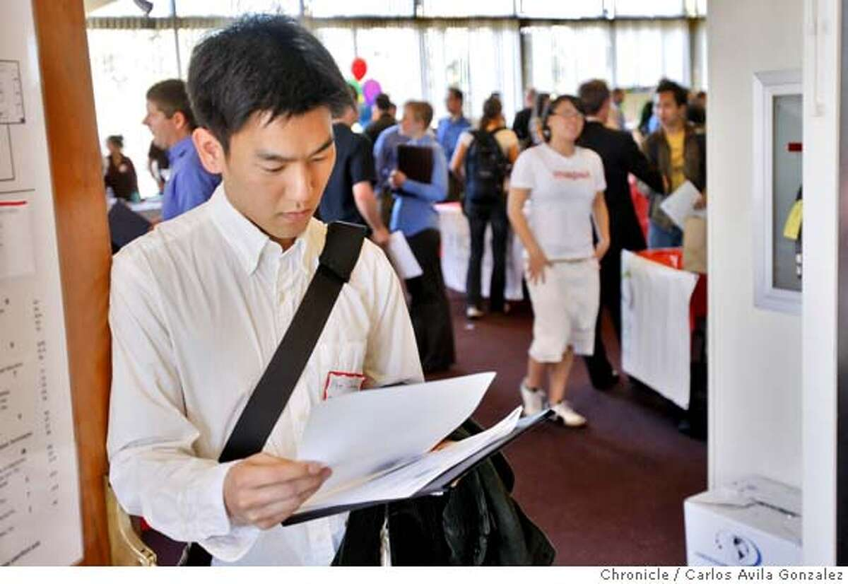 Abraham Chiang, a mechanical engineering student at Stanford University, reads over prospective internship opportunities at the Start_Up 101 job fair at the university. As part of national entrepreneurship week, a coalition of student groups at Stanford University hosted the largest start-up jobs fair on the West Coast, called Start-Up 101. The jobs fair was held at Tressider Student Union on the Palo Alto, Ca., campus on Thursday, February 28, 2008. Carlos Avila Gonzalez / San Francisco ChronicleAs part of national entrepreneurship week, a coalition of student groups at Stanford University hosted the largest start-up jobs fair on the West Coast, called Start-Up 101. The jobs fair was held at Tressider Student Union on the Palo Alto, Ca., campus on Thursday, February 28, 2008. Carlos Avila Gonzalez / San Francisco Chronicle