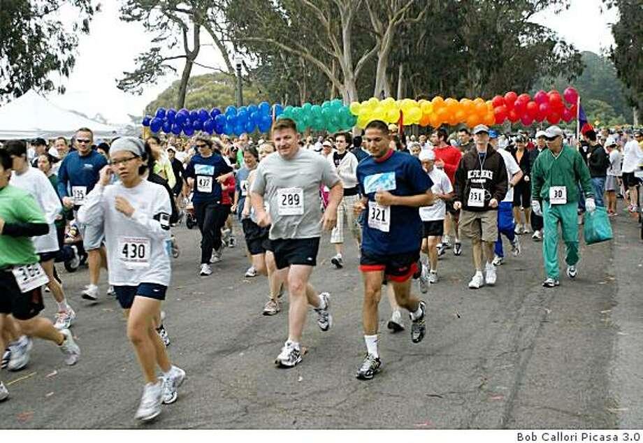 Pride Run 2008. Photo: Bob Callori Picasa 3.0