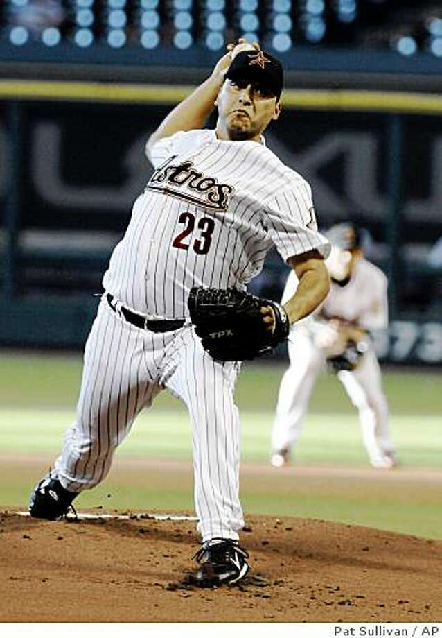Houston Astros' Russ Ortiz delivers a pitch in the first inning against the Kansas City Royals in a baseball game Tuesday, June 23, 2009, in Houston. (AP Photo/Pat Sullivan) Photo: Pat Sullivan, AP