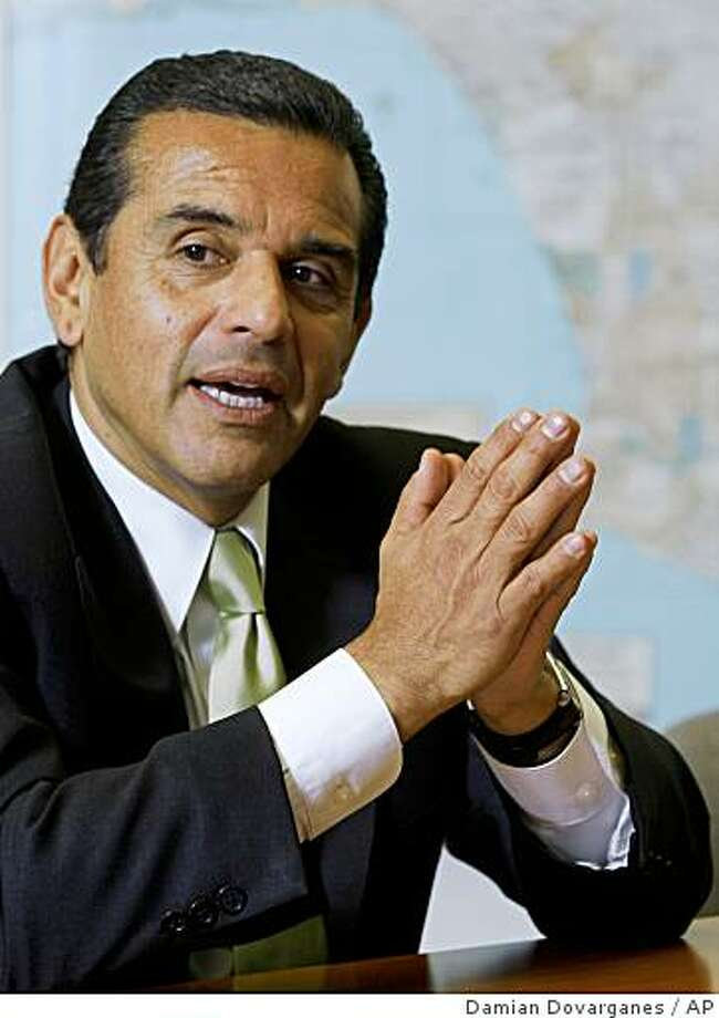 FILE - In this Feb. 9, 2009, file photo, Los Angeles Mayor Antonio Villaraigosa speaks during an interview with The Associated Press in the Los Angeles bureau. Villraigosa announced his decision Monday, June 22, 2009, not to run for governor of California in 2010, because he wants to finish his job as mayor. (AP Photo/Damian Dovarganes, File) Photo: Damian Dovarganes, AP