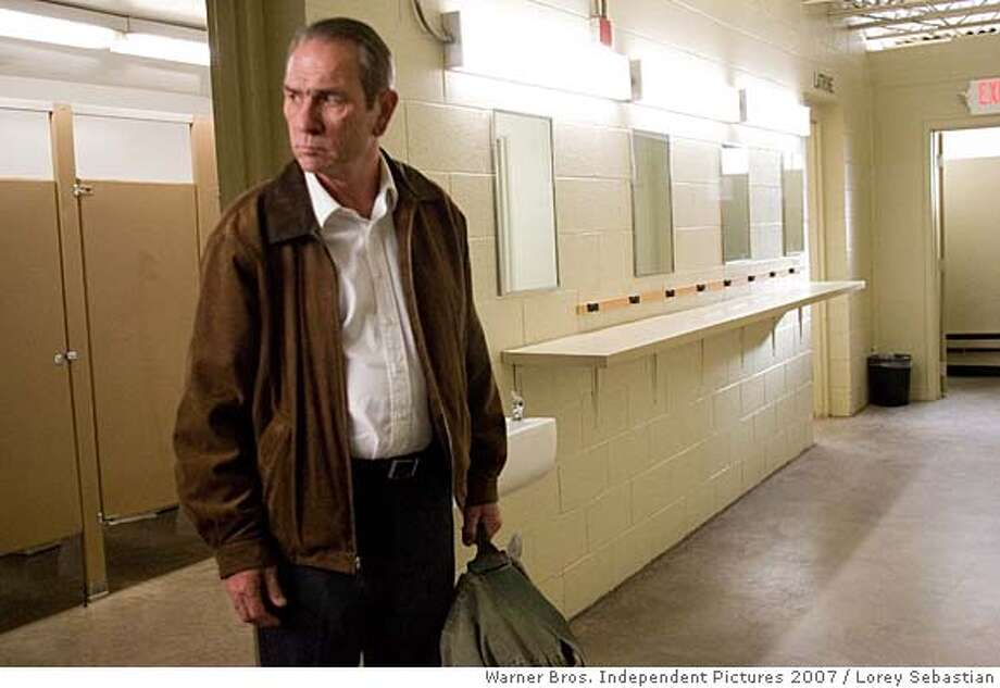PHOTOGRAPHS TO BE USED SOLELY FOR ADVERTISING, PROMOTION, PUBLICITY OR REVIEWS OF THIS SPECIFIC MOTION PICTURE AND TO REMAIN THE PROPERTY OF THE STUDIO. NOT FOR SALE OR REDISTRIBUTION  Tommy Lee Jones as Hank Deerfield in director Paul Haggis� �In the Valley of Elah,� a Warner Independent Pictures release. Photo Credit: Lorey Sebastian � 2007 � Elah Finance V.O.F. Photo: Lorey Sebastian