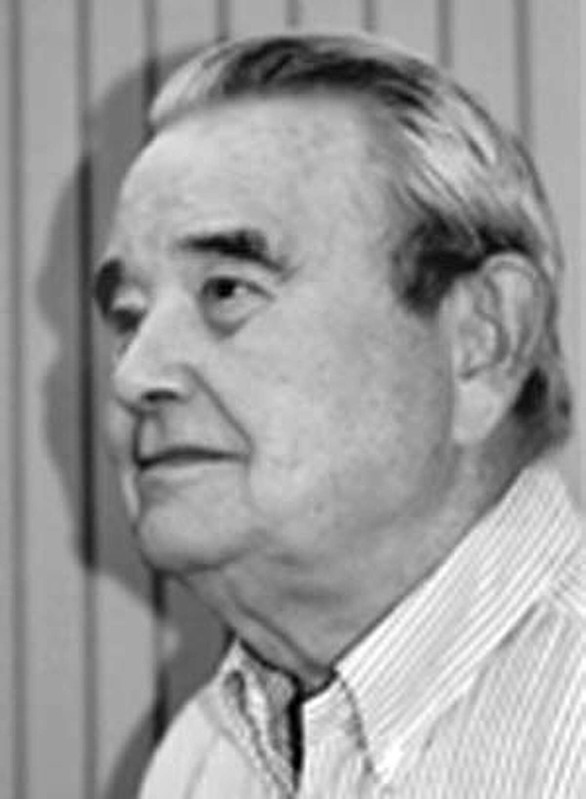 Dr. William F. Ganong, a longtime chairman of physiology at UCSF who brought international recognition to his department for its distinction in the neurosciences, died December 23 after living with prostate cancer for 17 years. Photo Courtesy of UCSF Ran on: 02-23-2008 Dr. William Fran Ganongs textbook has been translated into 18 foreign languages.