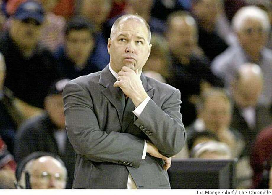 Event on 1/30/05 in Moraga. St. Mary's head coach Randy Bennett watches the clock in the first half. Photo: Liz Mangelsdorf, The Chronicle