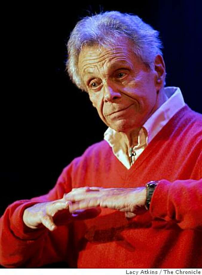 Stand-up comedian Mort Sahl Photo: Lacy Atkins, The Chronicle
