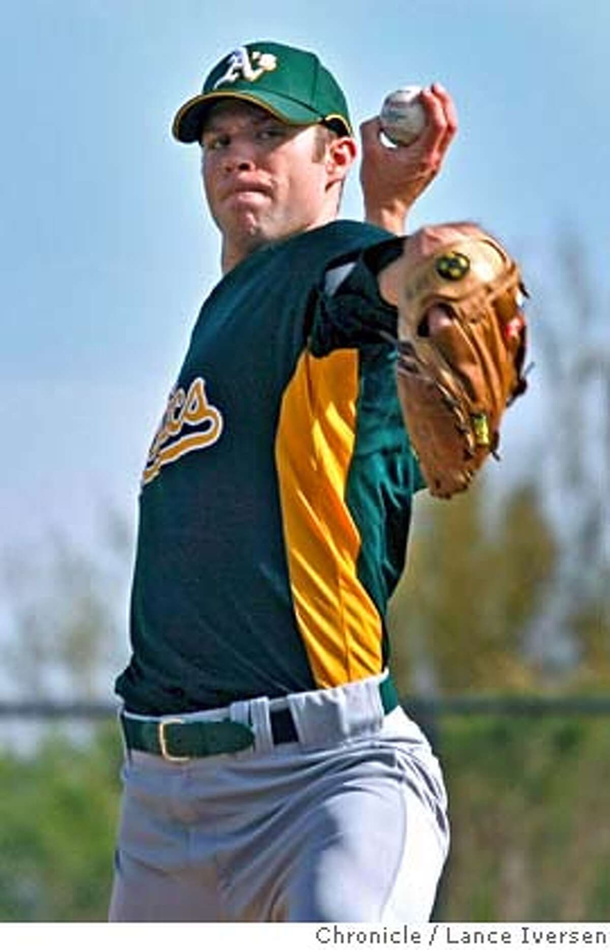 Oakland Athletics pitcher Rich Harden took to the mound at Papago Park, home of the Oakland Athletics for spring training in Phoenix. By Lance Iversen/The San Francisco Chronicle MANDATORY CREDIT PHOTOG AND SAN FRANCISCO CHRONICLE/NO SALES MAGS OUT