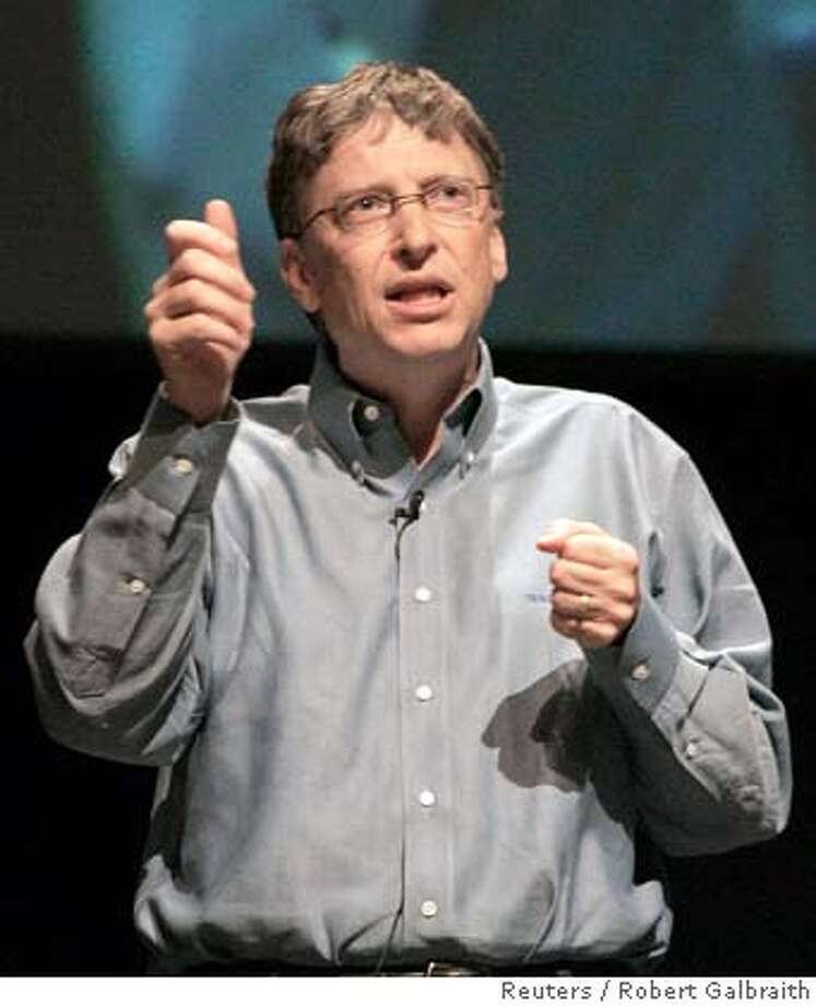 Microsoft Chairman Bill Gates speaks to students at Stanford University in Palo Alto, California February 19, 2008. Microsoft Corp will authorize a proxy battle for Yahoo Inc this week to convince the Web company's shareholders to agree on a takeover deal that the Yahoo board so far has rejected, the New York Times' DealBook blog said on Tuesday. REUTERS/Robert Galbraith (UNITED STATES) Photo: ROBERT GALBRAITH