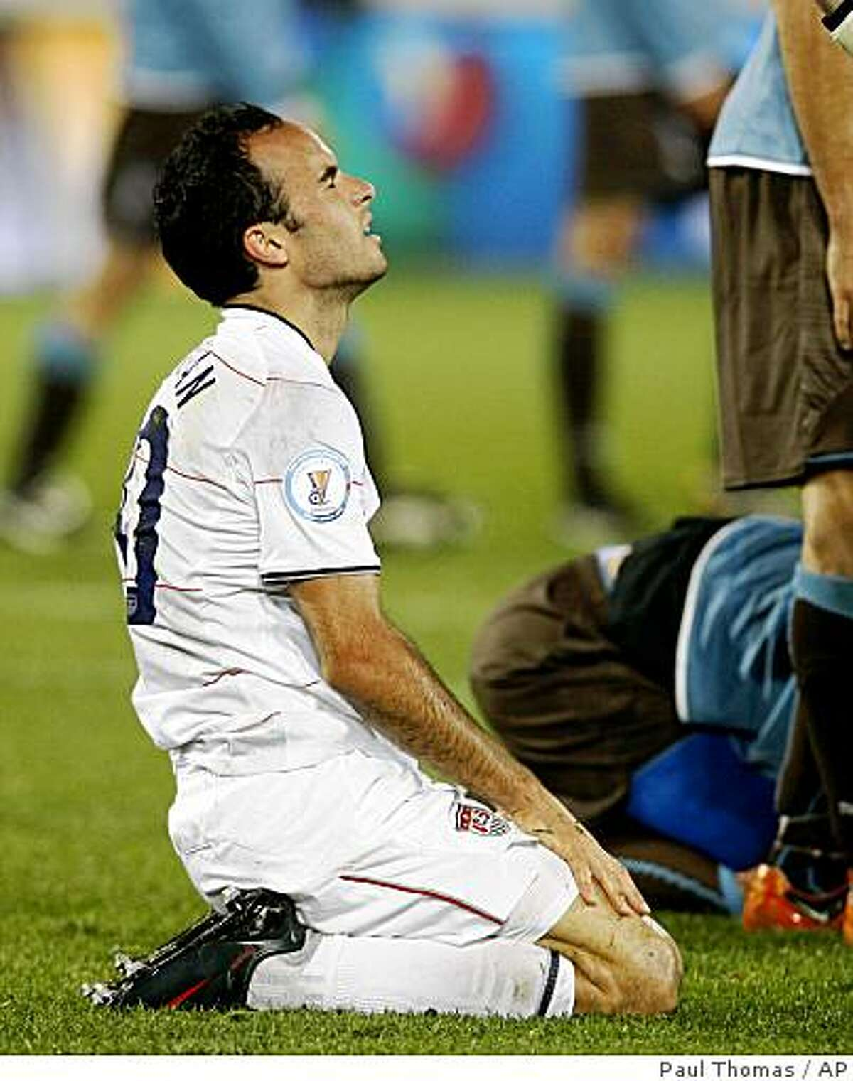 USA's Landon Donovan reacts after missing a scoring chance against Italy during their Confederations Cup Group B soccer match at Loftus Versfeld Stadium in Pretoria, South Africa, Monday, June 15, 2009. Italy won 3-1. (AP Photo/Paul Thomas)