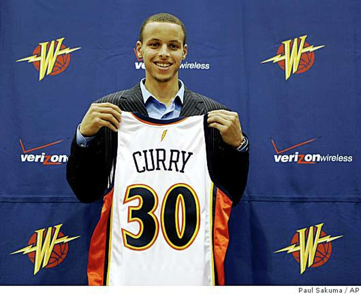 Stephen Curry (2 of 2) It didn't take long after that for Curry to be mentioned as a potential Warrior in a column by Scott Ostler on Dec. 21, 2008. He was an early fan of Curry's, but skeptical about the Warriors, who were on their way to a 29-win season with the great Baron Davis-led playoff run in the rear-view mirror.