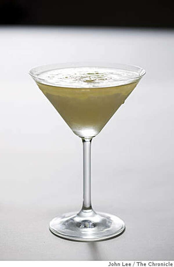 SPIRITS28_01_JOHNLEE.JPG 1820 Cocktail.By JOHN LEE/SPECIAL TO THE CHRONICLE Photo: John Lee, The Chronicle
