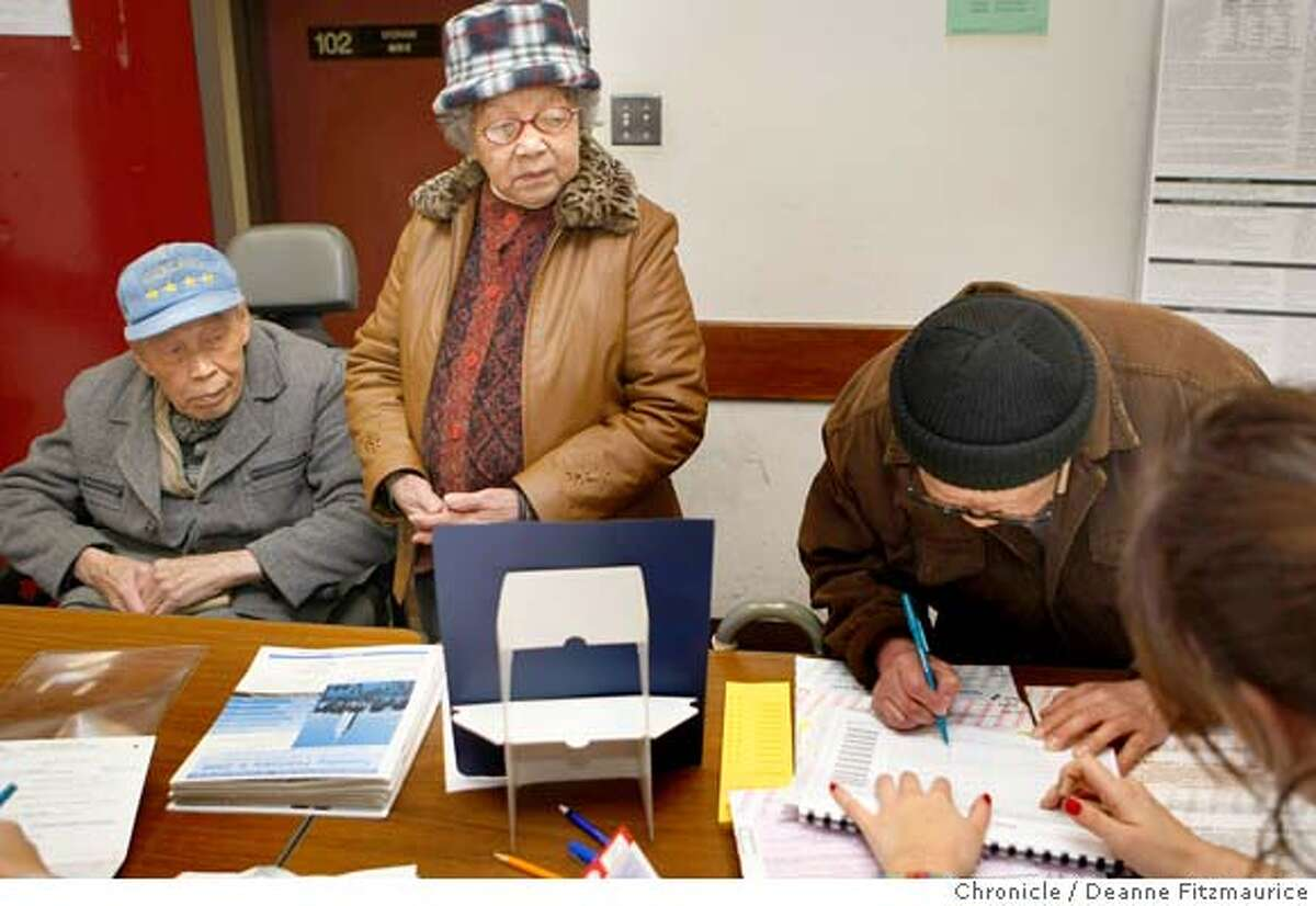 voting_017_df.jpg Kim Ping Lee (in wheelchair) and Sau Kam Lee Lui were disappointed to find out when they got to their Chinatown polling place they were unable to vote for Hillary Clinton because they were registered Republicans. they left without casting a vote. Photographed in San Francisco on 2/5/08. Deanne Fitzmaurice / The Chronicle