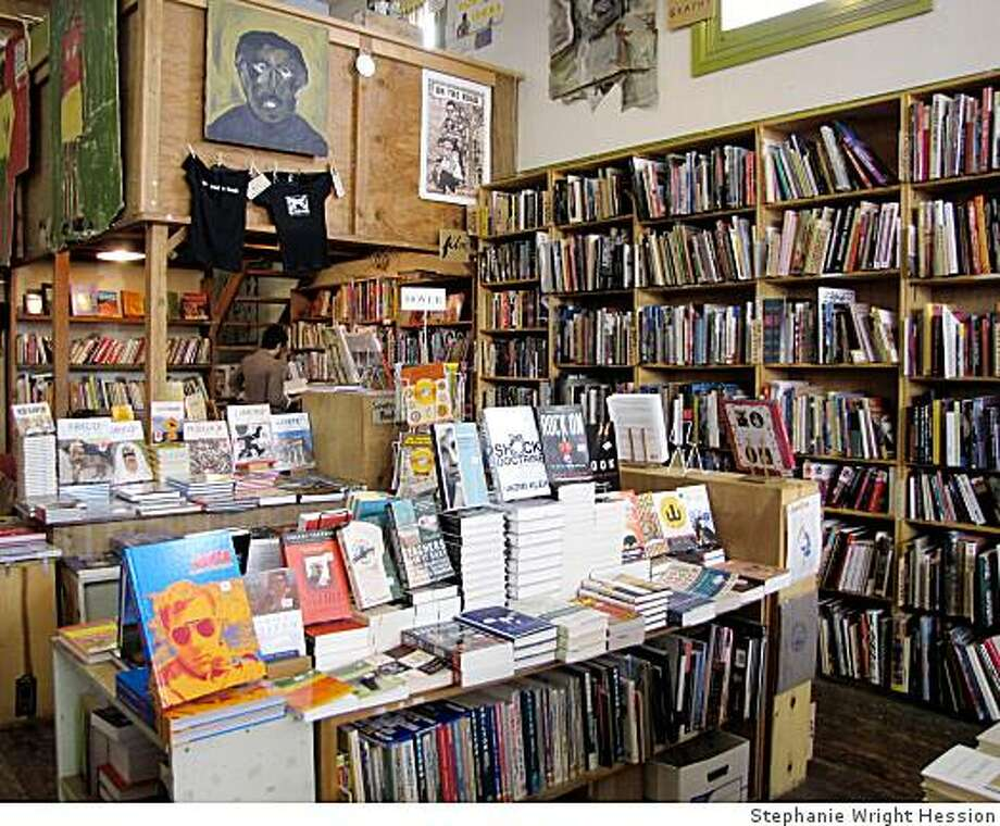 Readers enjoy browsing at Dog Eared Books in San Francisco, which buys and sells an eclectic assortment of mostly used books, along with some new books and magazines. Photo: Stephanie Wright Hession
