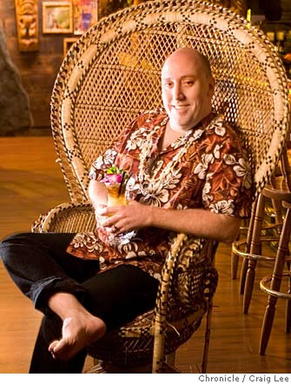 Martin Cate, bartender at Forbidden Island in Alameda. on 1/22/08 in Alameda. photo by Craig Lee / The Chronicle MANDATORY CREDIT FOR PHOTOG AND SF CHRONICLE/NO SALES-MAGS OUT