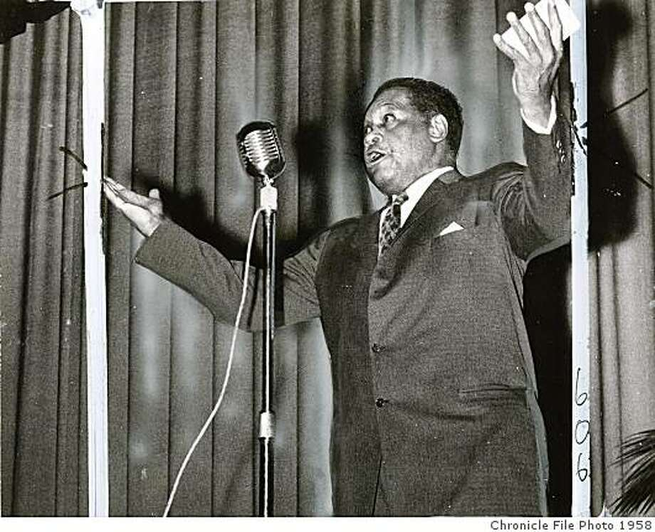 Paul Robeson gave a San Francisco concert in 1958. Photo: Chronicle File Photo 1958