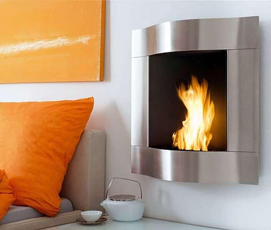 Blomus Chimo Large Wave Fireplace Photo: Ho