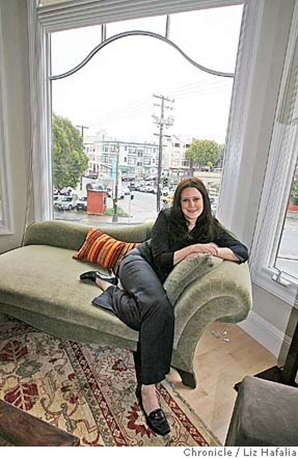Jefferson Award profile of Tracy Sestili, founder and CEO of the Beverly Fund, a non profit dedicated to raising awareness about lung cancer. �2007, San Francisco Chronicle/ Liz Hafalia  MANDATORY CREDIT FOR PHOTOG AND SAN FRANCISCO CHRONICLE. NO SALES- MAGS OUT. Photo: Liz Hafalia