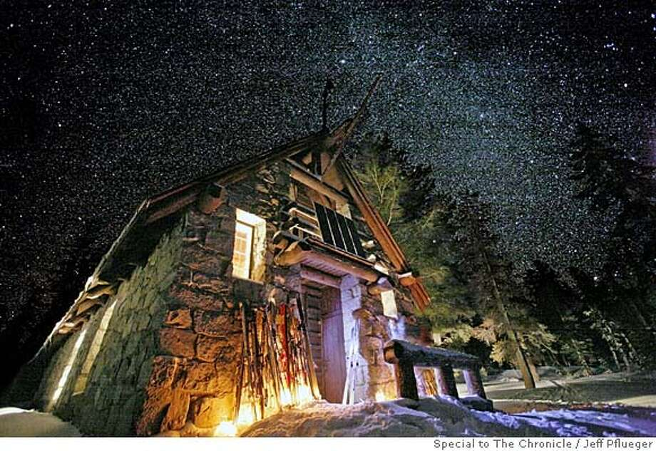 TRAVEL OSTRANDER -- Ostander Hut illuminated and sierra stars on a moonless night. Credit: Jeff Pflueger ONE TIME USE ONLY IN TRAVEL SECTION. NO OTHER USES. Photo: Jeff Pflueger