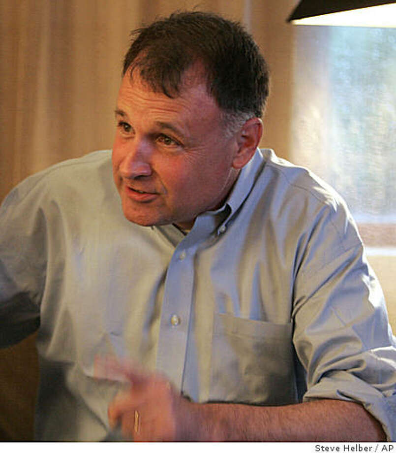 State Sen. Creigh Deeds, right, talks with his wife, Pam and campaign manager Joe Abbey in his hotel room as they discuss primary voting in Charlottesville, Va., Tuesday, June 9, 2009. Deeds is facing fellow Democrats Terry McAuliffe and Brian Moran in today's gubernatorial primary. (AP Photo/Steve Helber) Photo: Steve Helber, AP