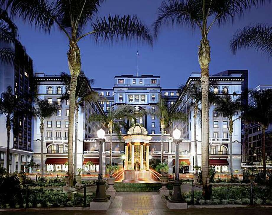 Exterior of the US Grant Hotel in San Diego photo courtesy of Starwood Hotel and Resorts Ran on: 04-08-2007 Above: The US Grant Hotel, which overlooks San Diego's Gaslamp Quarter, has a stately glow at night. ALSO Ran on: 02-03-2008 Photo: Courtesy, Starwood Hotel And Resorts