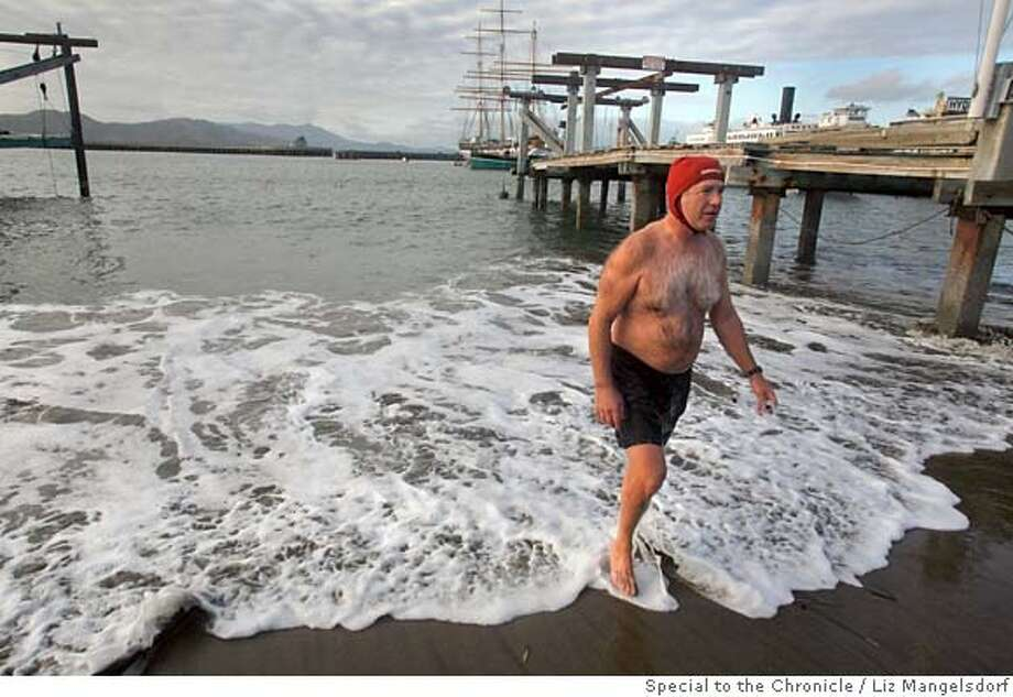 spill_009.jpg  Retired Oakland firefighter Dave Maloney, a regular bay swimmer, walks out of the water after swimming in the bay. The sewage spill in Richardson Bay forced Thursday night did not stop him from going into the water. The spill also forced the closure of Aquatic Park.  Photo by Liz Mangelsdorf, Special to the Chronicle Event on 2/1/08 in San Francisco. Ran on: 02-02-2008  Dave Maloney, a retired Oakland firefighter and Dolphin Club member, walks out of the bay after a swim. Maloney heard about the spill before entering the water. &quo;It looks clean,'' he says. &quo;We've already had two tide shifts since last night. That cleans it out.''  Ran on: 02-02-2008  Dave Maloney, a retired Oakland firefighter and Dolphin Club member, walks out of the bay near Fisherman's Wharf after a swim. Maloney heard about the spill before entering the water. &quo;It looks clean,'' he says. &quo;We've already had two tide shifts since last night. That cleans it out.'' Photo: Liz Mangelsdorf