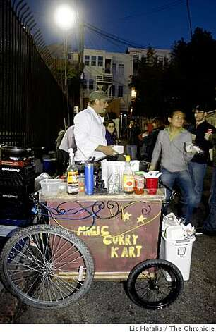 The Magic Curry man and his cart in the mission district  in San Francisco, Calif., on Friday, May 15, 2009. Photo: Liz Hafalia, The Chronicle